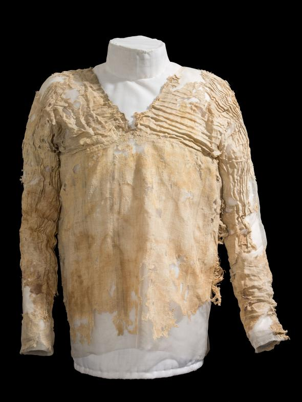National Geographic - Oldest Dress